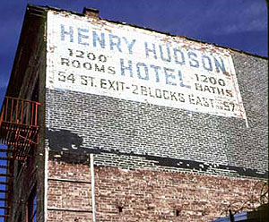 Women S Club Henry Hudson Hotel And Facial Tissue Auction Finds