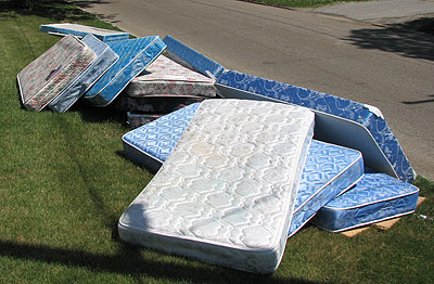 Buying a used mattress at auction | Auction Finds