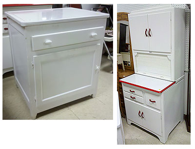 Wonderful A Few Weeks Ago, The Auction House Had Another Similar Cabinet For Sale.  This One Was White Metal With A Red Strip Around The Counter, And What  Appeared To ...