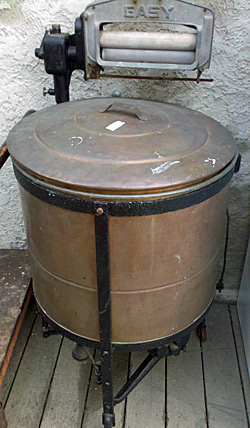 Antique Washing Machine That Keeps On Selling Auction Finds