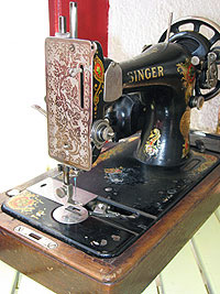 Singer 128 machine