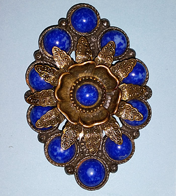 Brooch with cobalt-blue stones