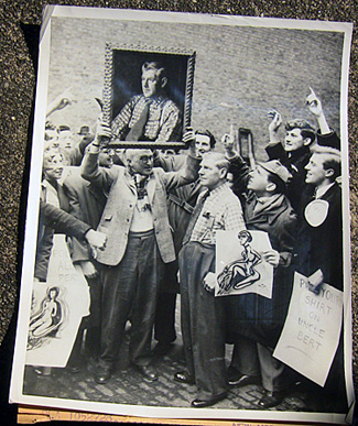 Full view of Albert Perry with is portrait and students, 1954.